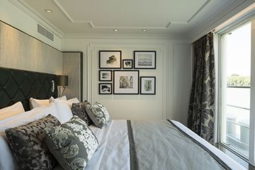Mozart Crystal Suite Bedroom-1